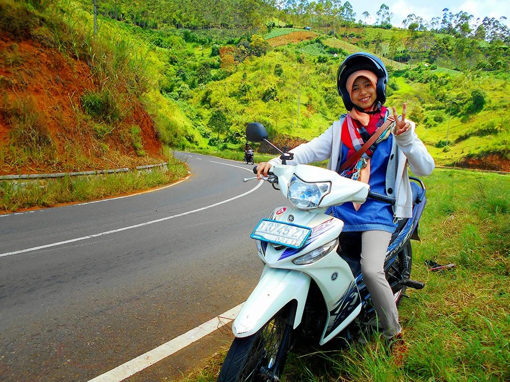 Koleksi Gambar Wanita Naik Sepeda Motor Terlengkap Codot Modifikasi