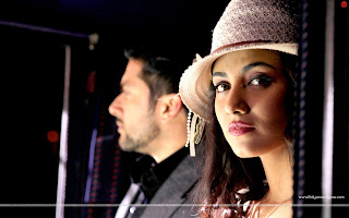 1920 Evil Returns Wallpaper Aftab Shivdasani, Hot Tia Bajpai