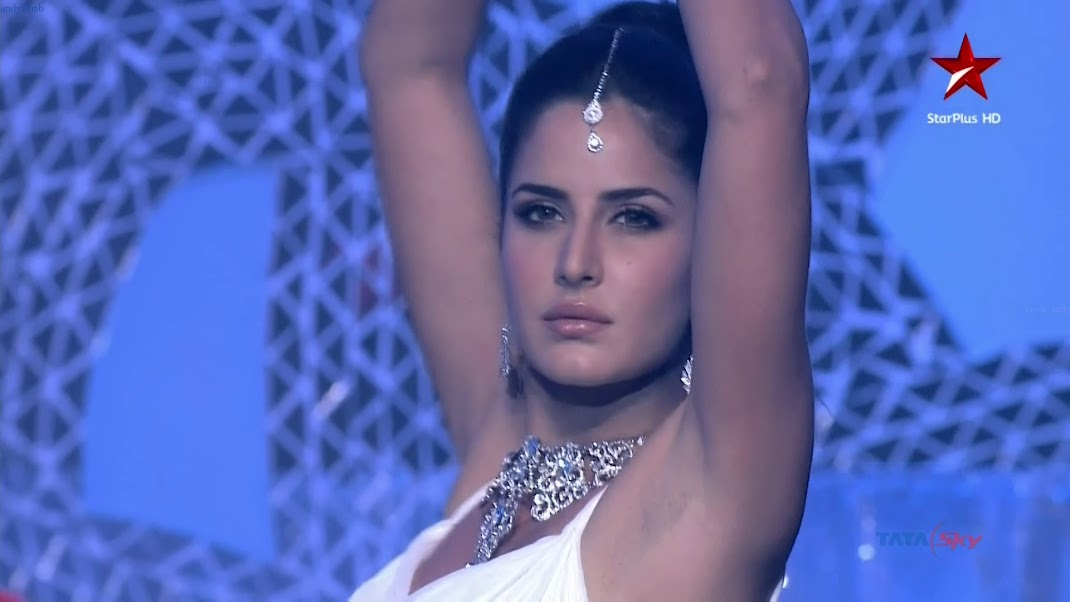 Katrina Kaif HOT HD Stills - Telly Awards 2011