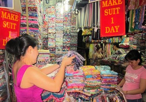 Chợ Bến Thành có hàng gì độc đáo nhất?