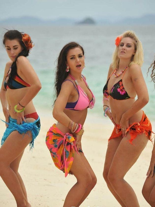 telugu bollywood bikini actress Amy Jackson : Amy Jackson's Sexy Unseen Hot Pics In Stockings and Bikini
