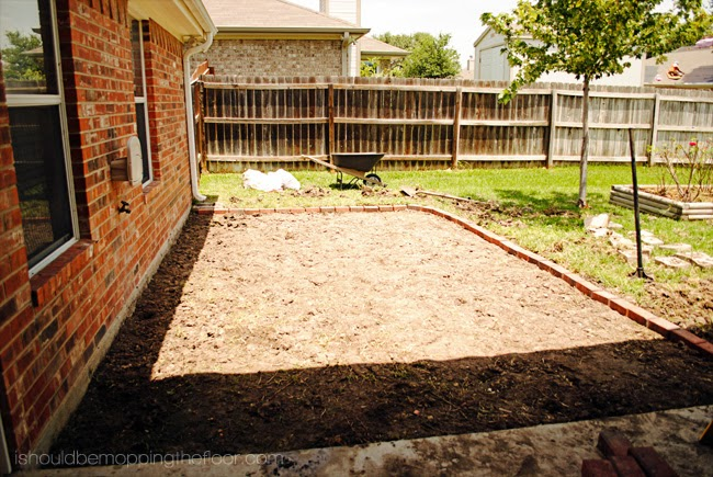 i should be mopping the floor: DIY Firepit Patio