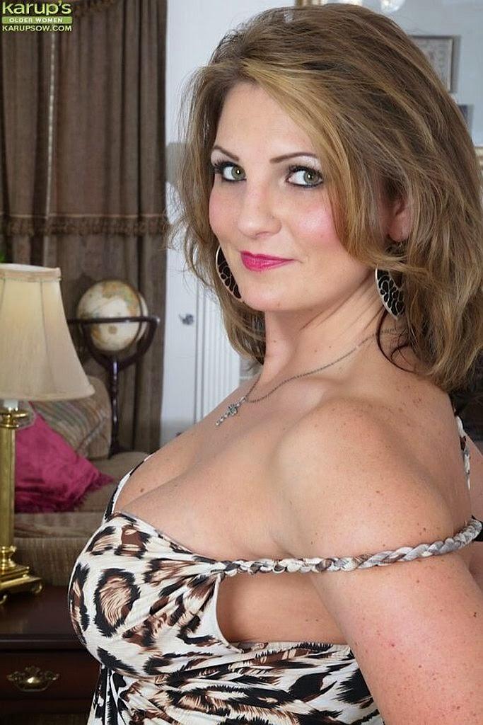 Alicia jackson big black boobs so cute - 1 part 7