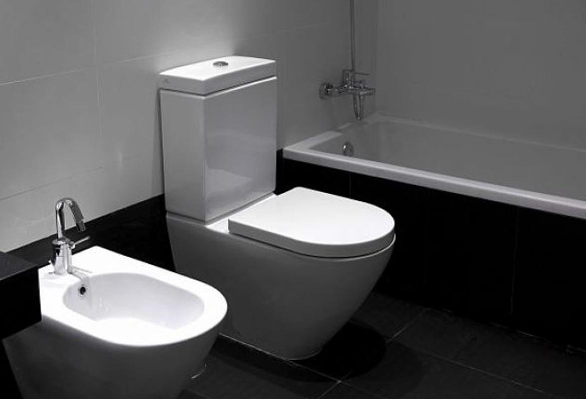 Decoraci n y arquitectura ba o y cocina en blanco y negro for Banos en blanco y negro