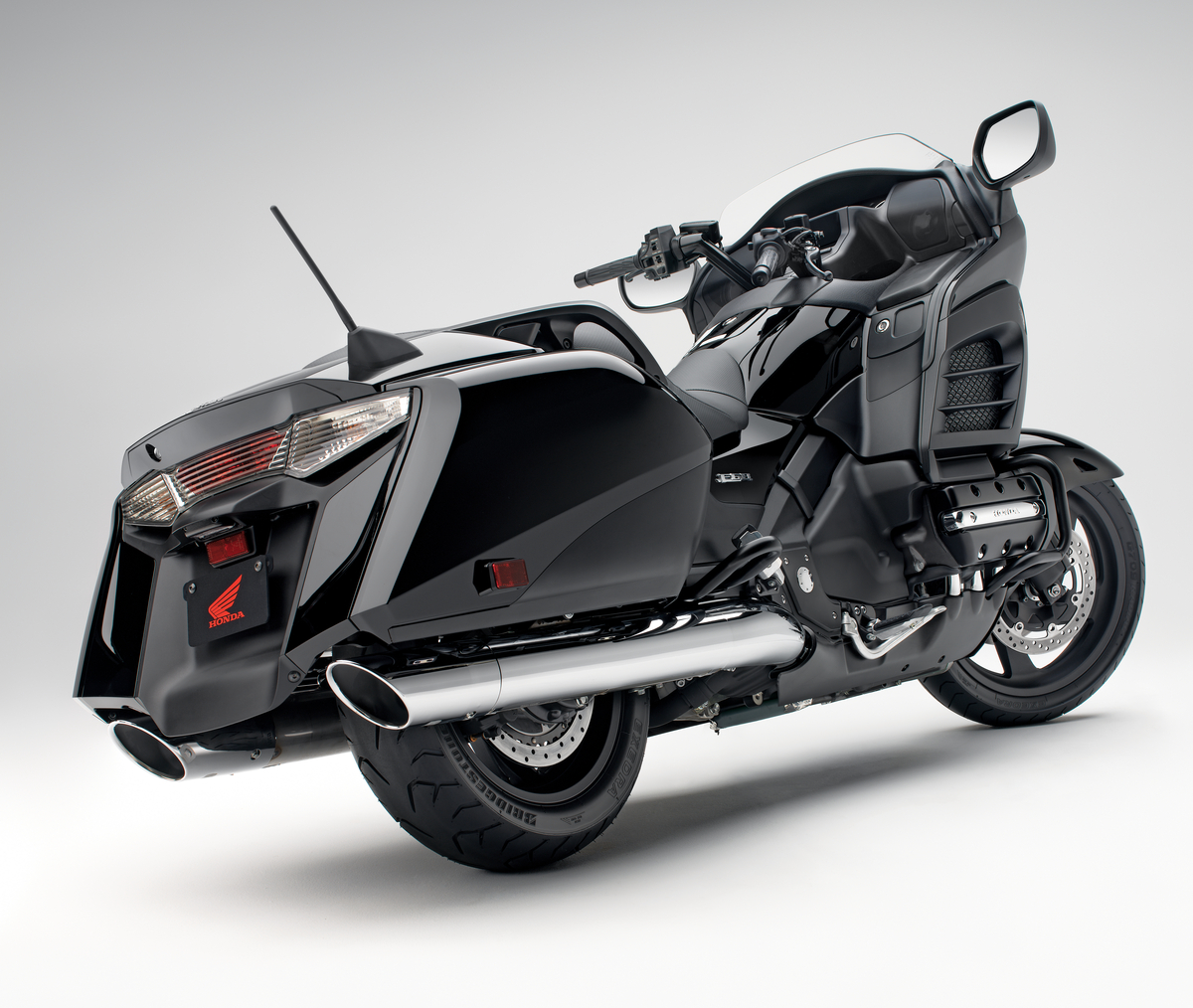 MY LUXURY NOTEBOOK: Honda Gold Wing F6B/Gold Wing F6B ...