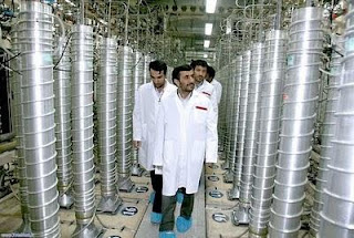 Ahmadinejad tours nuclear plant