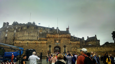 A day of castles, whisky, and yachts in Edinburgh from 72 Hours To Go