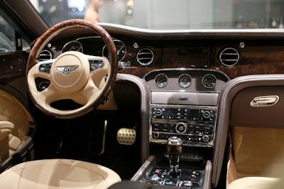 Chi tiết Bentley Mulsanne Speed 2016 tại Việt Nam