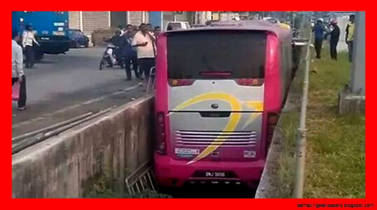 New Terrible Car Crash Compilation Car Crashes and accidents