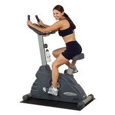 ejercicios en bicicleta estatica