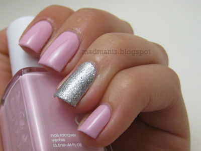 Essie French Affair - Accent Nail Mani