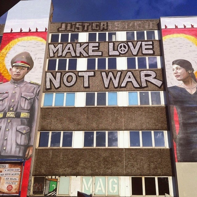 Make Love Not War - Graffiti Art - What Is HipHop