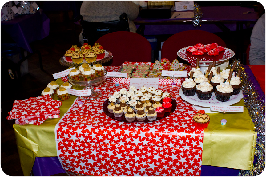 Christmas Cake Stall Ideas : Cupcake Crazy Gem!: A Christmas Cupcake Stall at Bangor s ...