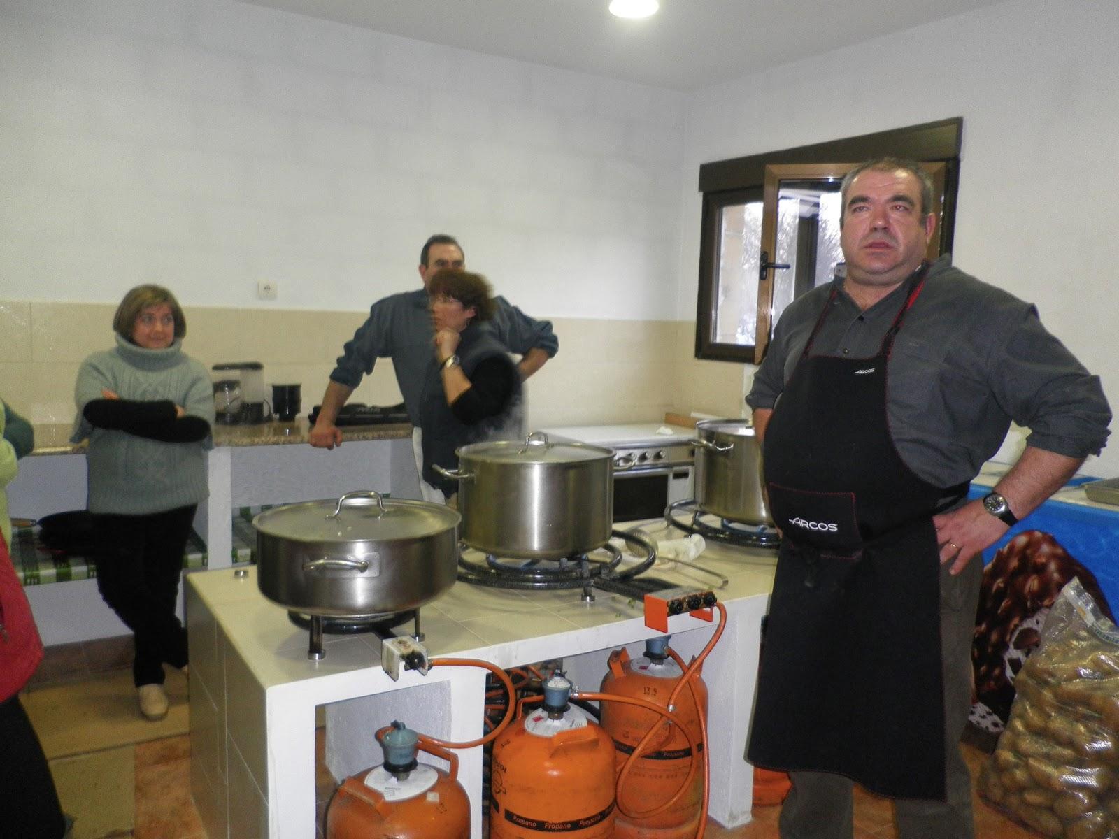 Valdeande valdeande 23 de marzo sabado comida de patatas for Corzo con patatas