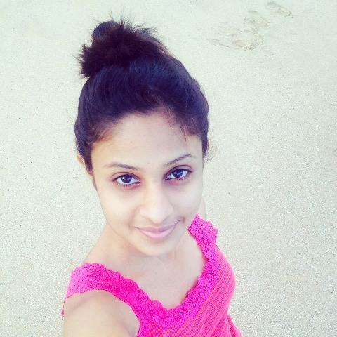 Sachini Ruwanthika hot facebook
