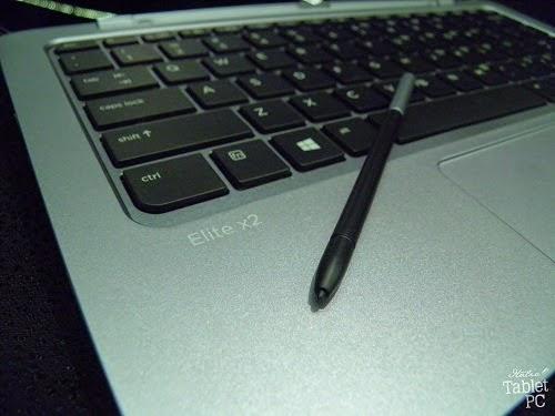 Penna dell'HP Elite x2 1011 sulla tastiera