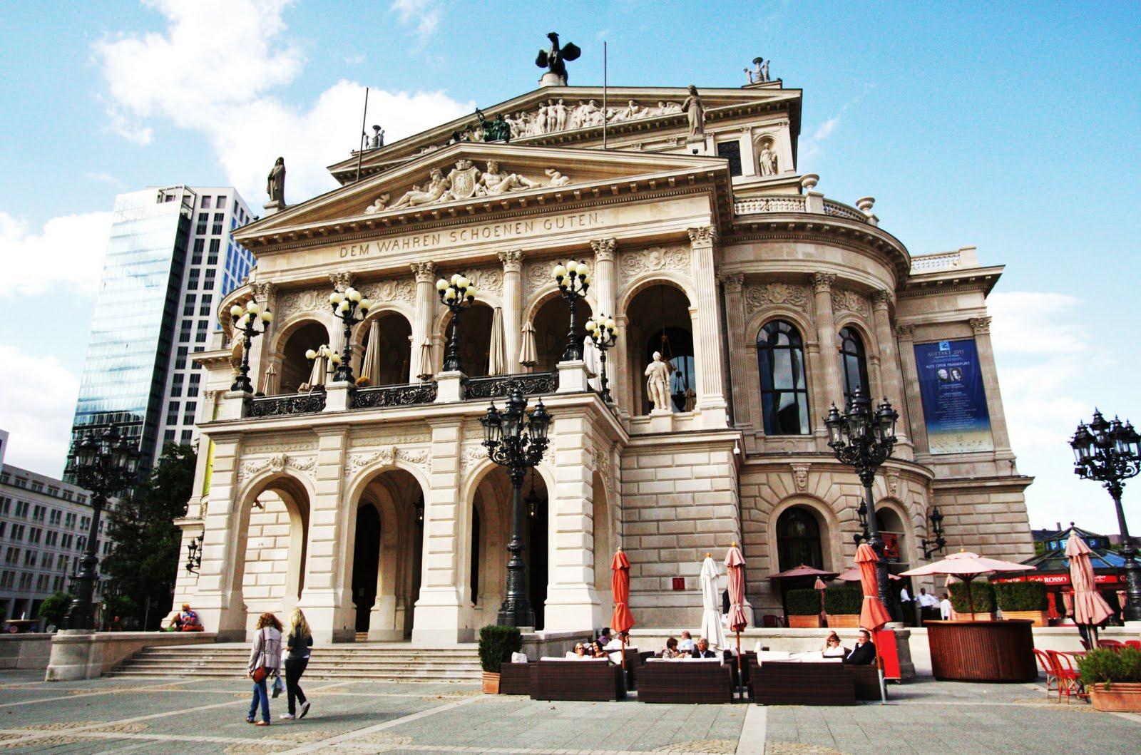 grande opera frankfurt escort in deutschland