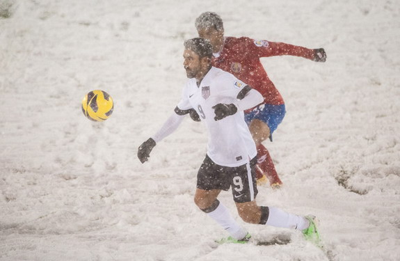 USA vs Costa Rica match plays in a freezing condition