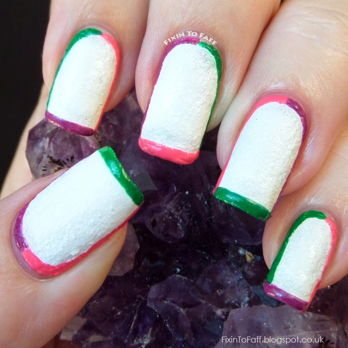 Brazilian tri-color outlined textured nail art