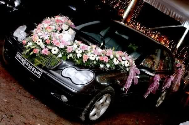 Wedding car decoration fashion in new look for Auto decoration in pakistan