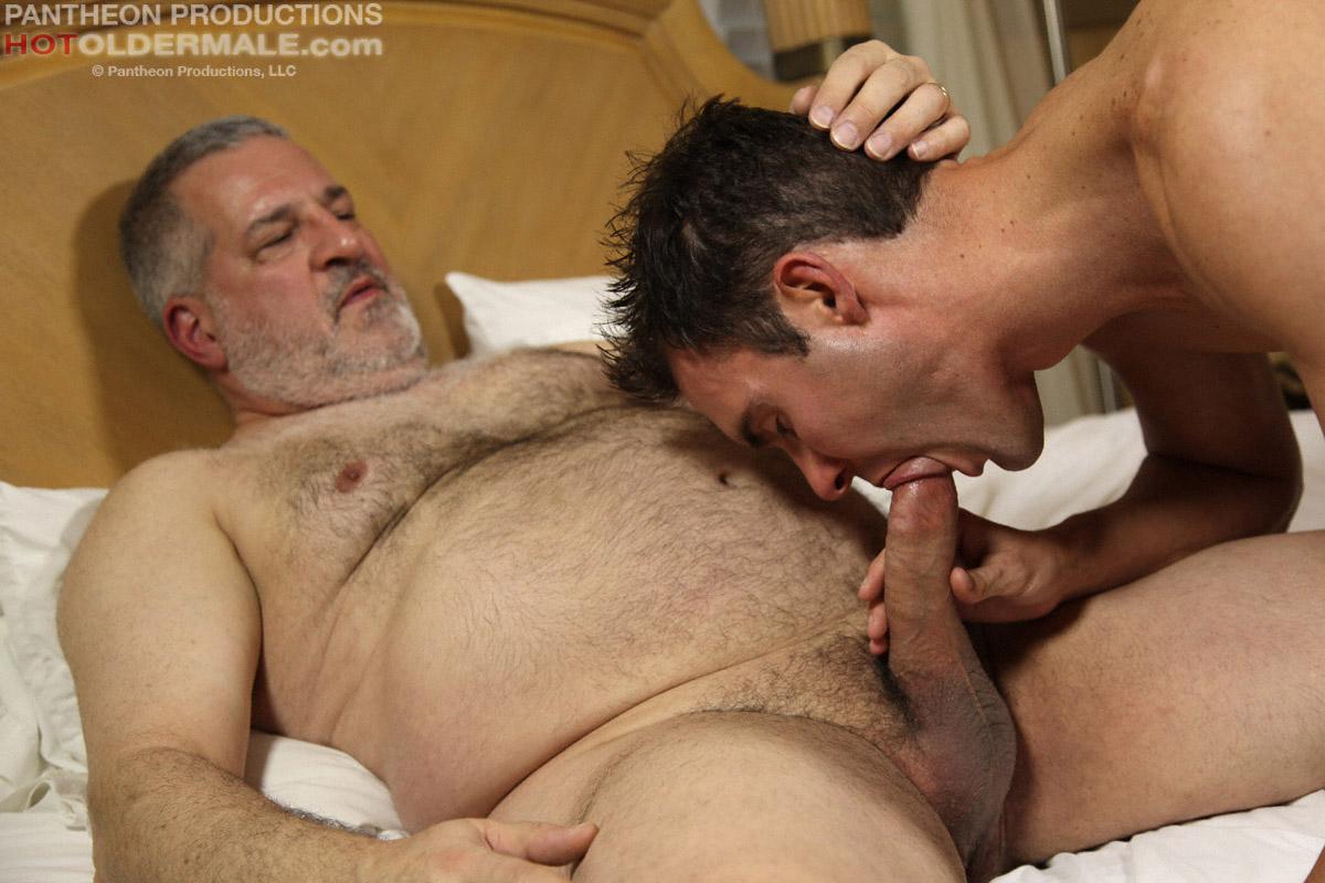Порно видео старые с молодыми геями фото 561-830