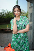 Swathi Glam photos in green-thumbnail-11