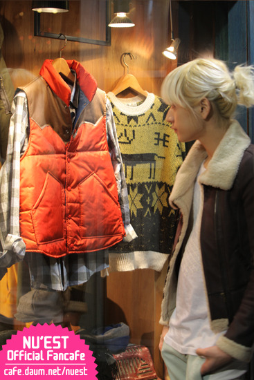 [06.02.12] Ren- Shopping Story 13