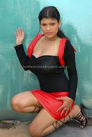 Aish, ansari, deeep, cleavage, photos