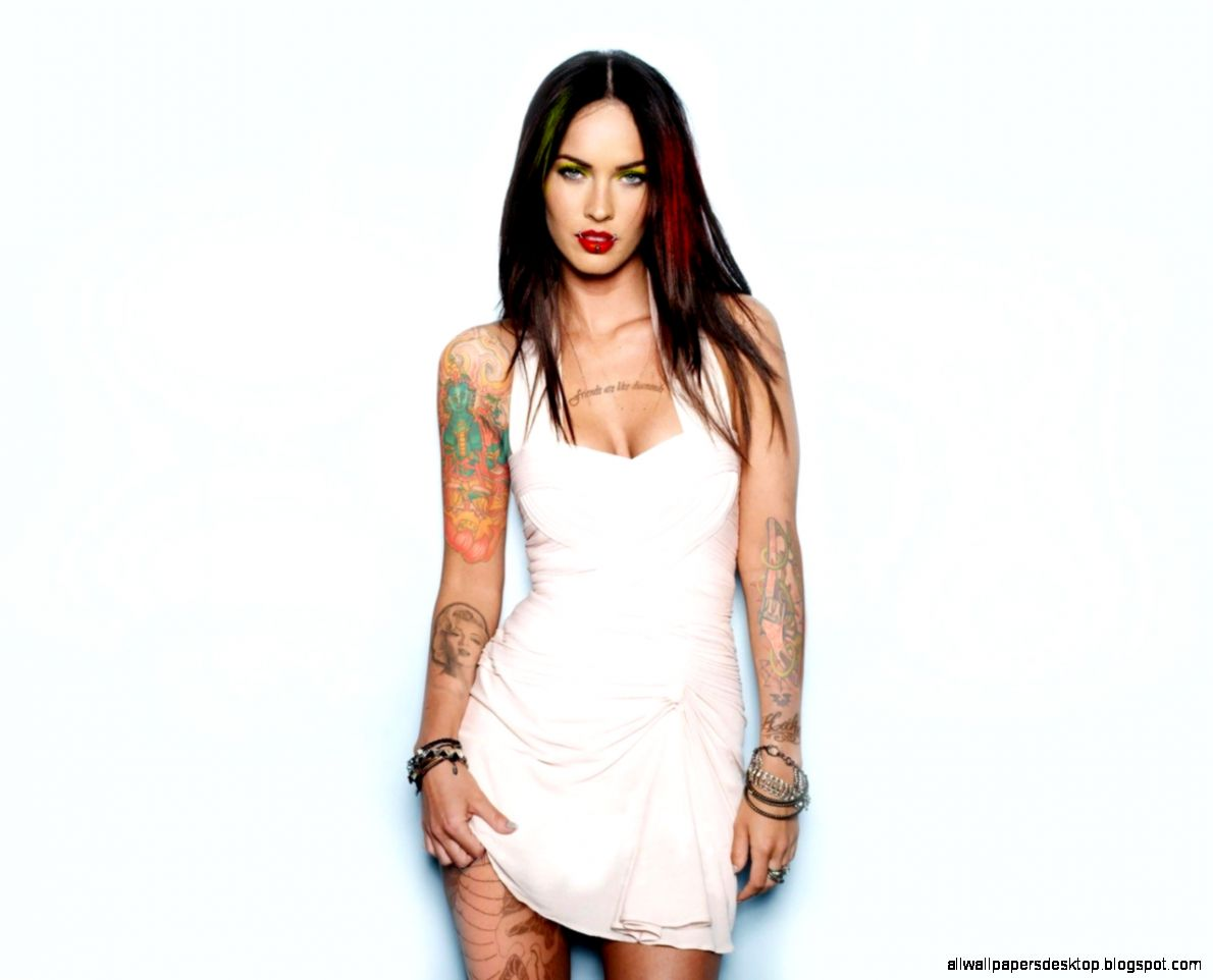 Download Wallpaper 1280x1024 Megan fox Brunette Tattoo Clothes