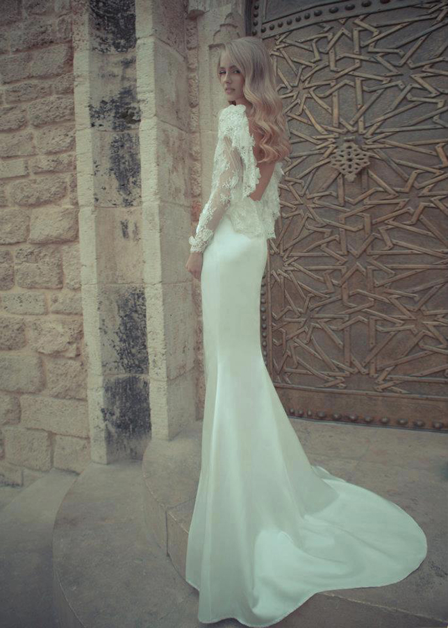 Low-Back Wedding Dresses