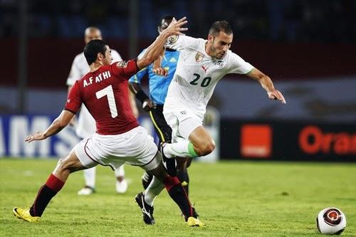 جماهير الجزائر ترفض مباراة الجزائر مع منتخب الفراعنة