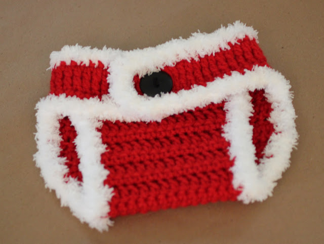 Free Crochet Patterns For Hats And Diaper Covers : Crochet Santa Hat and Diaper Cover - Repeat Crafter Me
