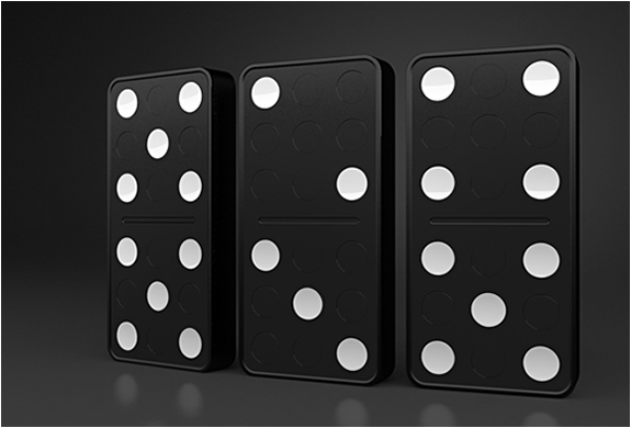DOMINO CLOCK | BY CARBON