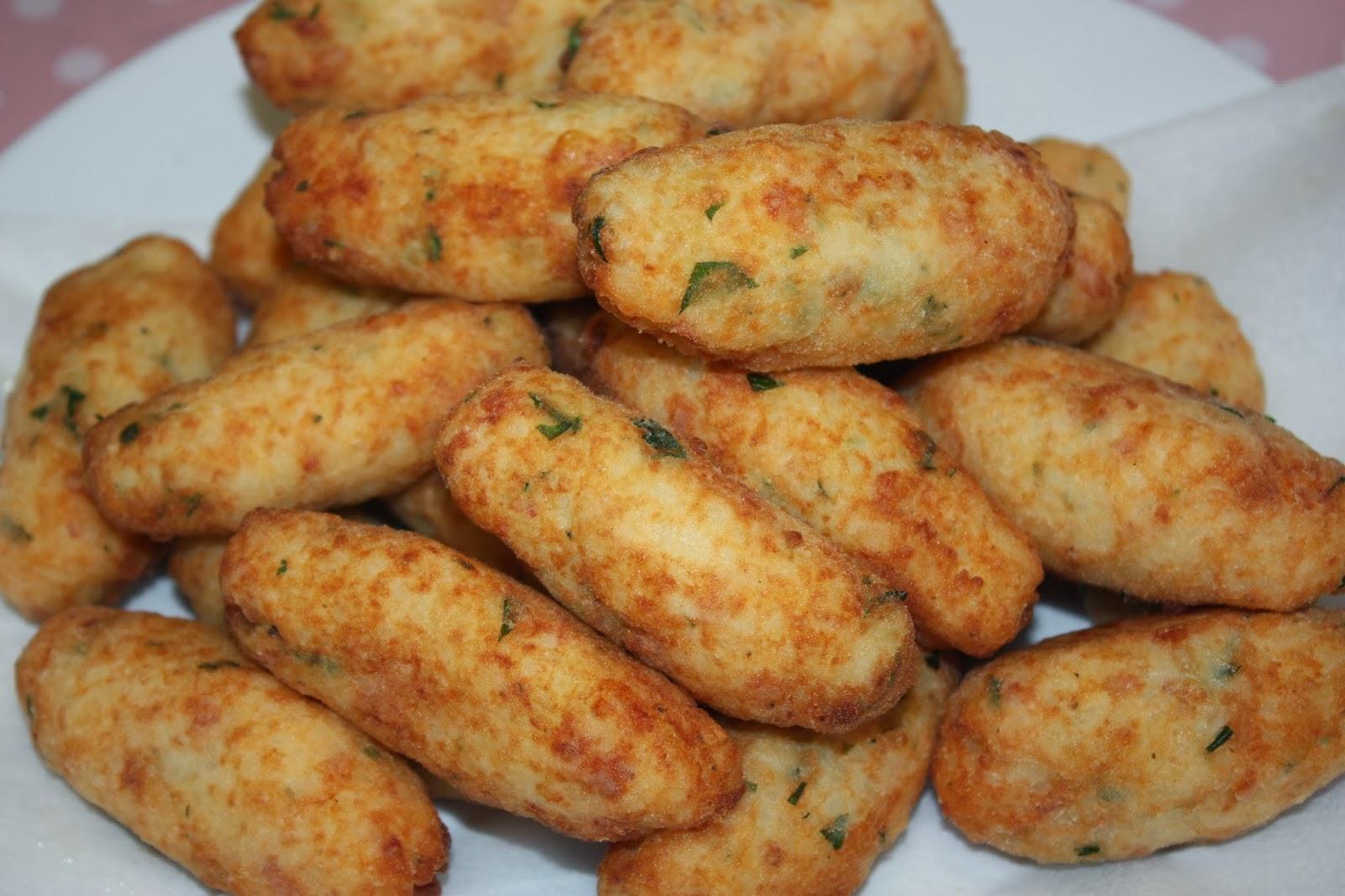 LadyMacaron20ten: Potato and Rice Croquettes