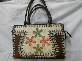 Tas Kulit Kayu Lantung Koper Kotak    ,tas kulit kayu, tas etnik, tas  lokal, tas bahan alam