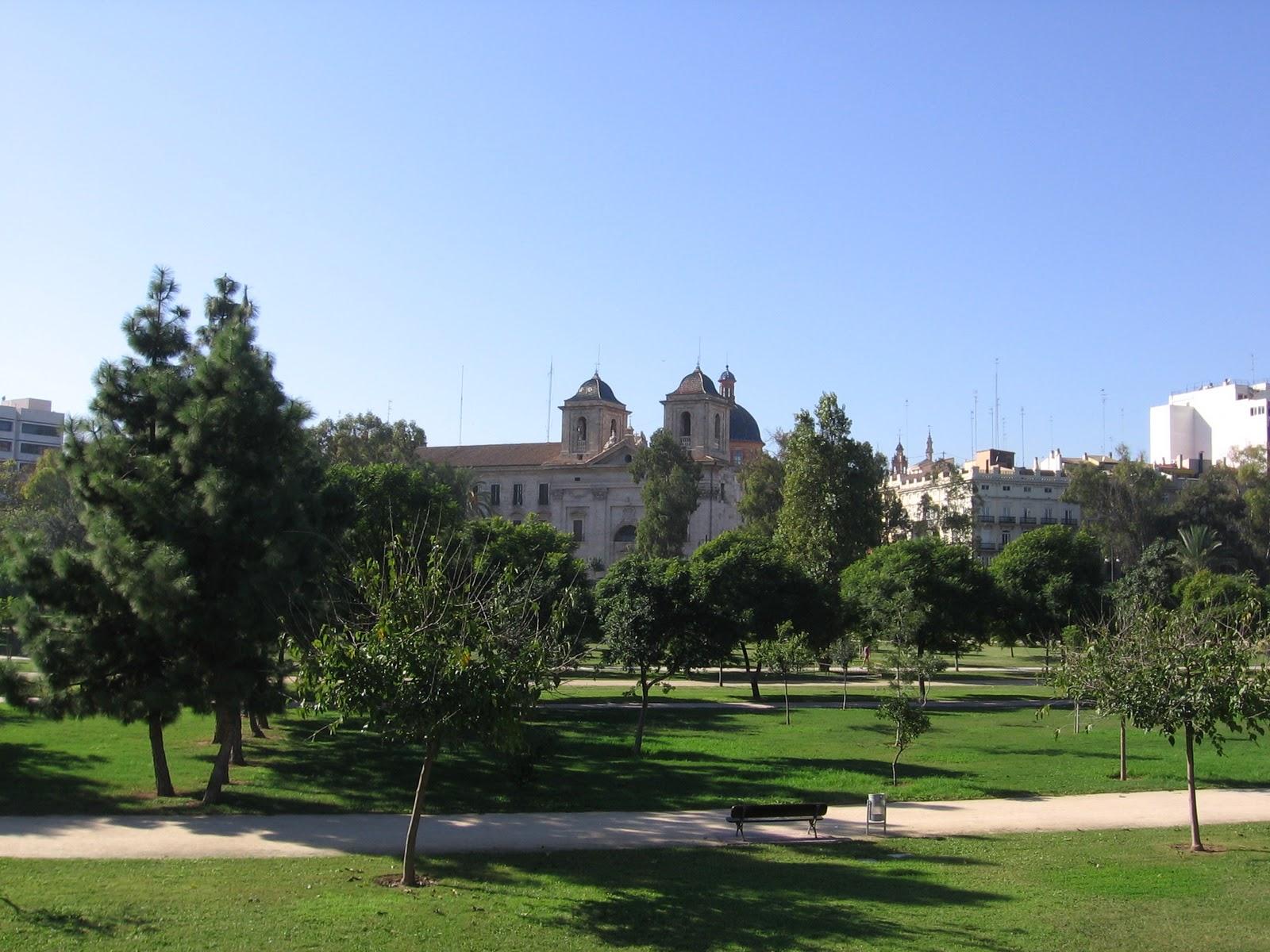 Traveler guide valencia - Jardin del turia valencia ...