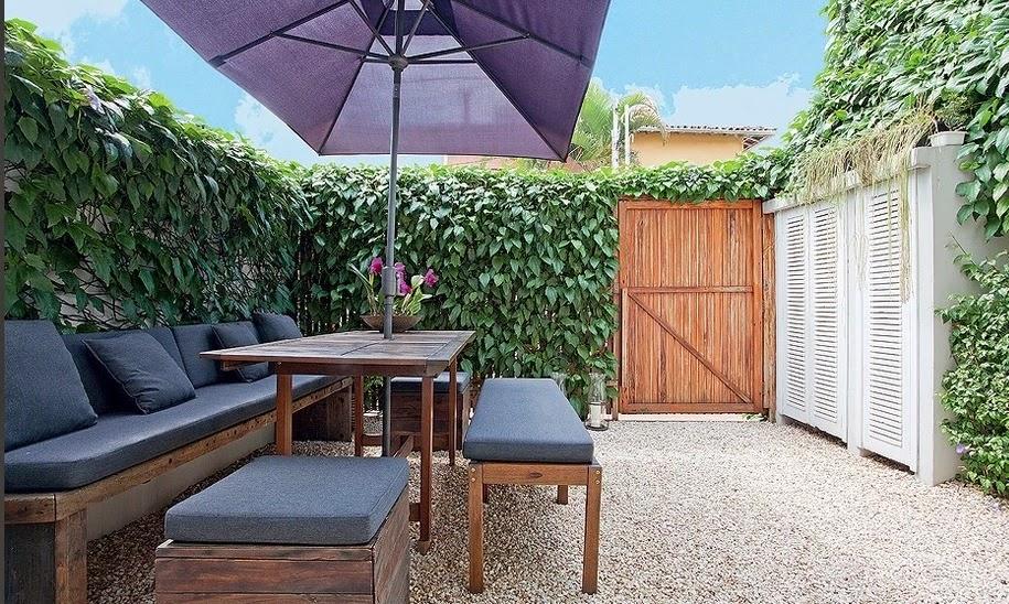 Imagem casa e jardim for Banco para entrada de casa