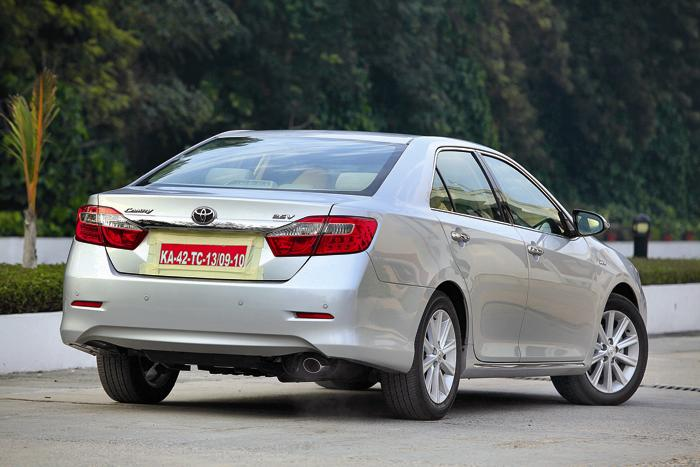 Full Review and Test Drive of new Toyota Camry 2012   car to ride