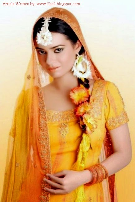 Latest Bridal Hairstyles 2014 for Mehndi Function