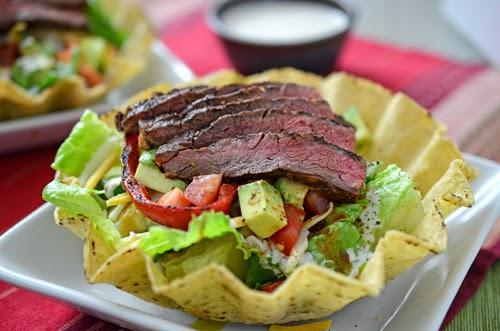 skirt steak, fajita steak, steak salad, fajita salad, Tex-Mex salad