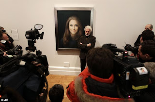 Kate Middleton's official portrait painting showing her enormously oversized head with the artist Paul Emsley and the press