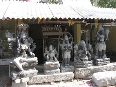 Idols on display, Mahabalipuram