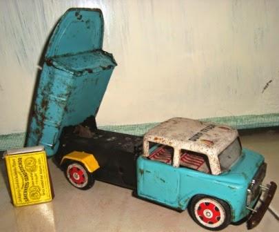 Tintoys Dump Truck