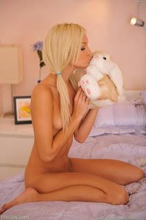 Amateur Porn - rs-524-729372.jpg