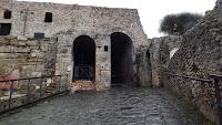 Puerta Marina  - Vista de los arcos de acceso - Construcción en opus incertum