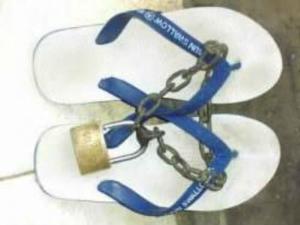 berita unik sandal, tips sandal