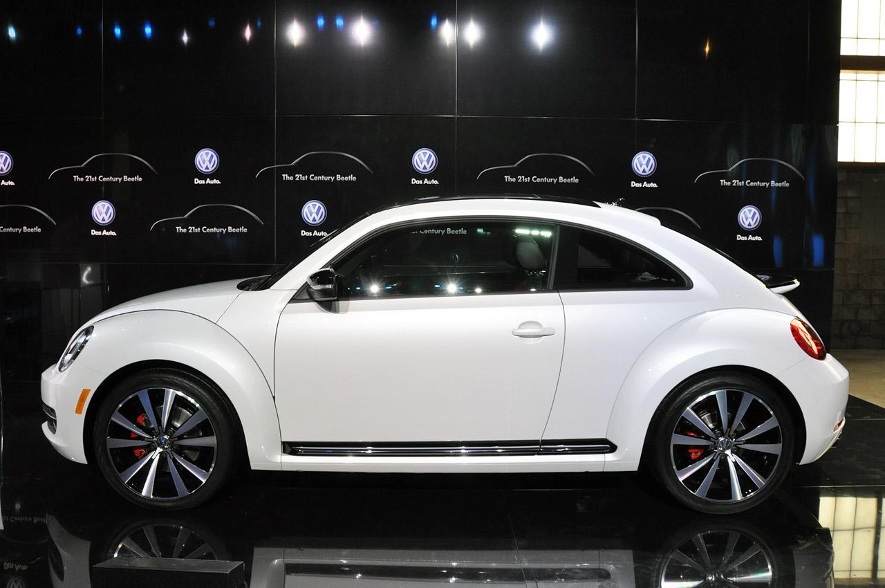 looks like a car 2012 volkswagen beetle silhouette new tv premiere video. Black Bedroom Furniture Sets. Home Design Ideas