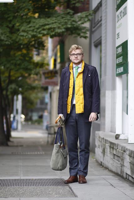 Brian McConkey Suit Supply Seattle Street Style Nordstrom Yellow Puffer Vest Umbrella