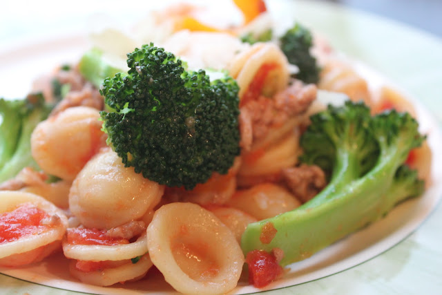 Orecchiette with pork and broccoli