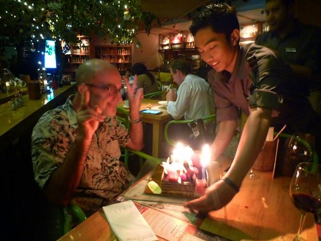 Pastel de aniversario en Yakarta